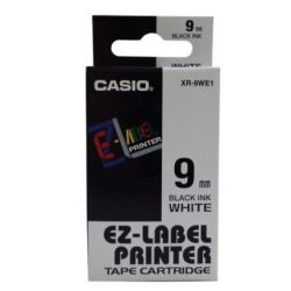 CASIO 9 mm x 8 m fehér-fekete feliratozógép szalag