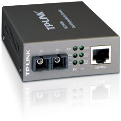 TP-LINK MC100CM 10/100 Mbps Multimódú média konverter