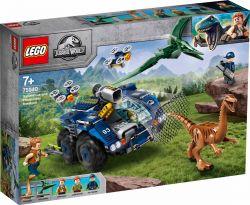 LEGO® (75940) Jurassic World Gallimimus és Pteranodon kitörése