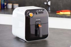 Tefal FX1000 Fry Delight 1450 W, 800 g kapacitás fekete-fehér olajsütő